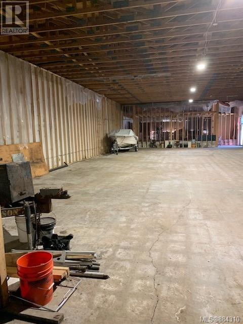 MLS® #884310 - Sayward Warehouse For lease Image #7
