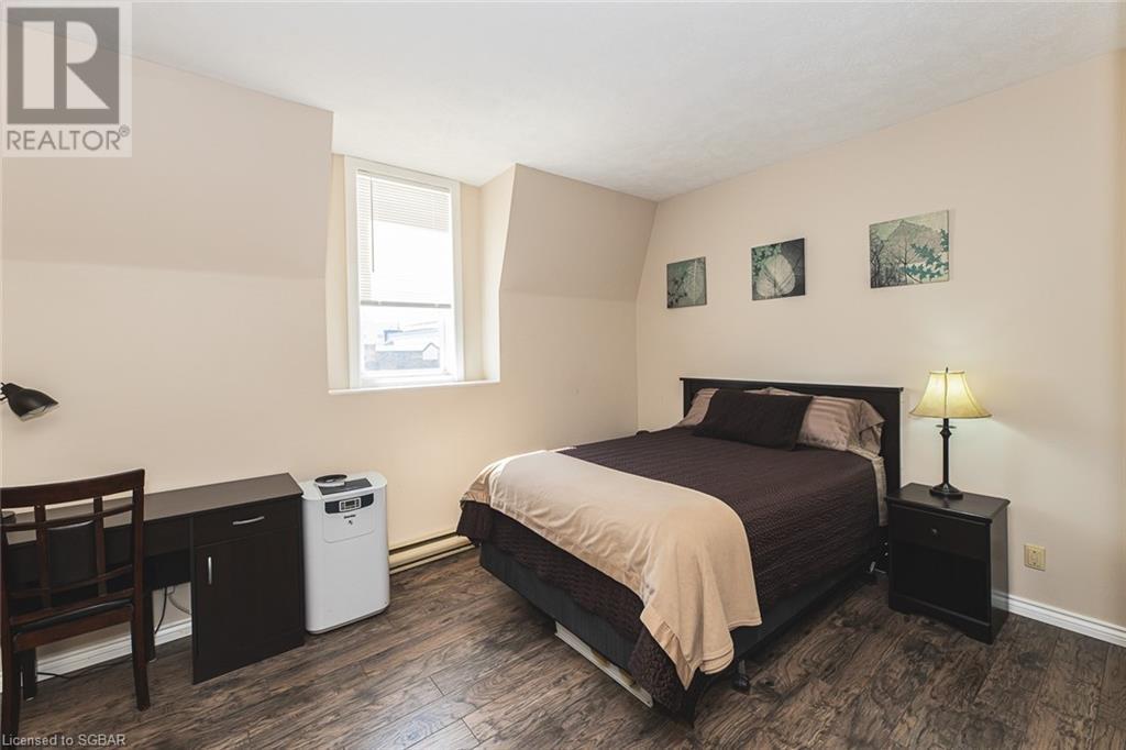 299 9th Street E, Owen Sound, Ontario  N4K 1N8 - Photo 13 - 40124411
