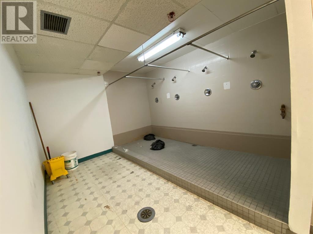 Upper South Suite, 410 South Railway Street Se, Medicine Hat, Alberta  T1A 2V5 - Photo 15 - A1138918