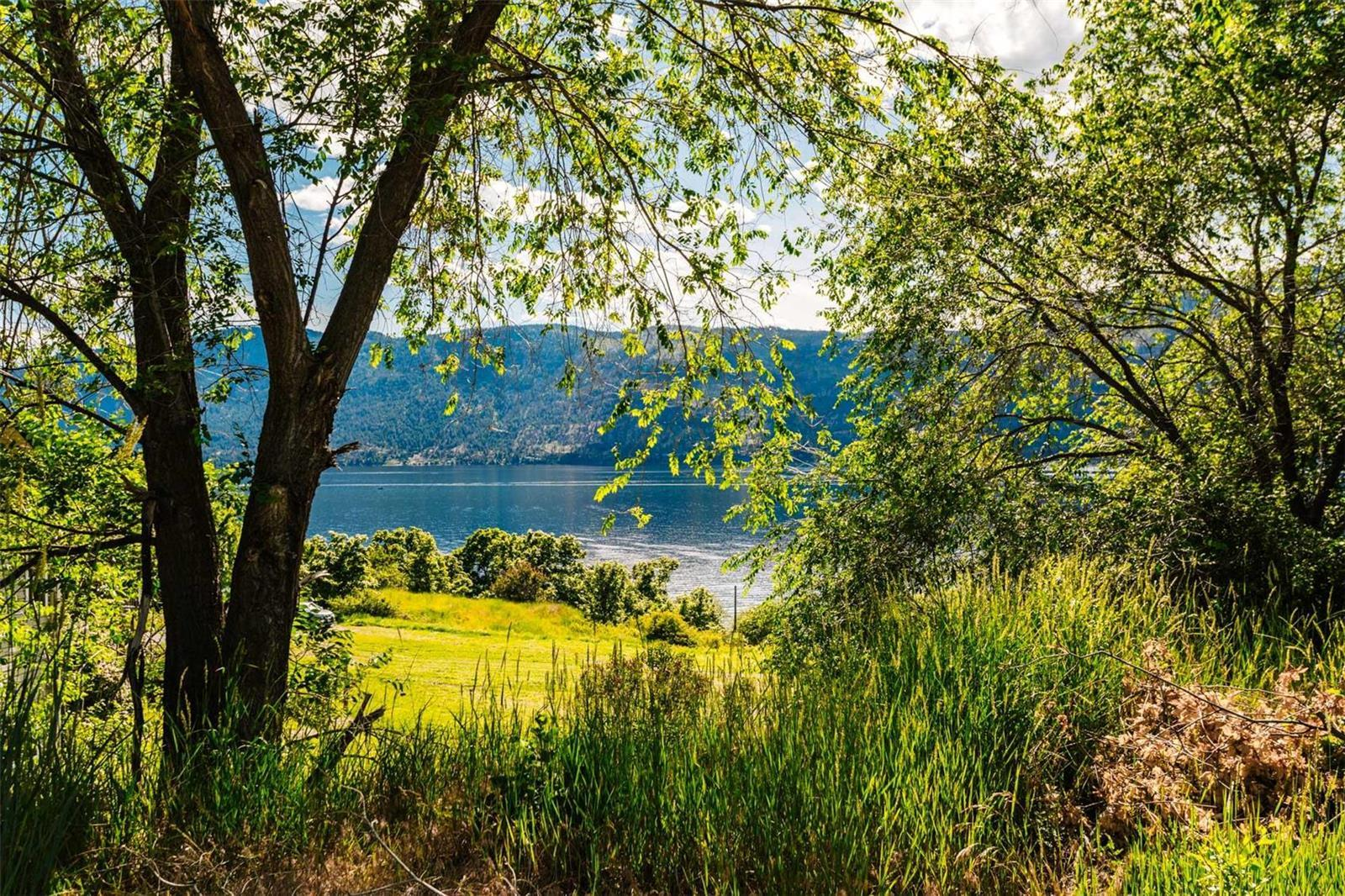 12815 Pixton Road, Sw, Lake Country, British Columbia  V4V 1C9 - Photo 18 - 10238768