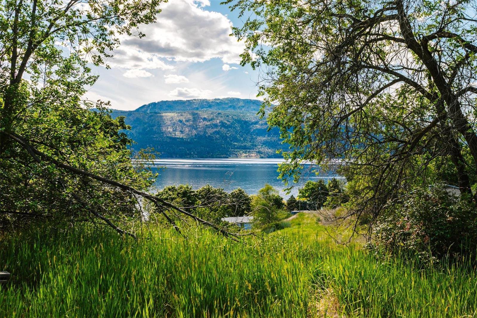 12815 Pixton Road, Sw, Lake Country, British Columbia  V4V 1C9 - Photo 19 - 10238768