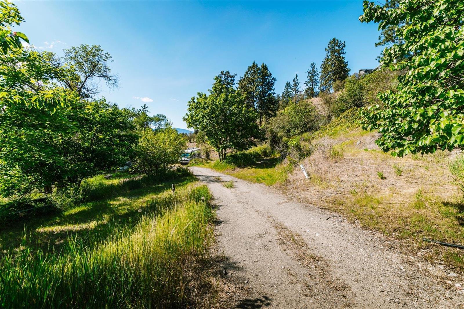 12815 Pixton Road, Sw, Lake Country, British Columbia  V4V 1C9 - Photo 21 - 10238768