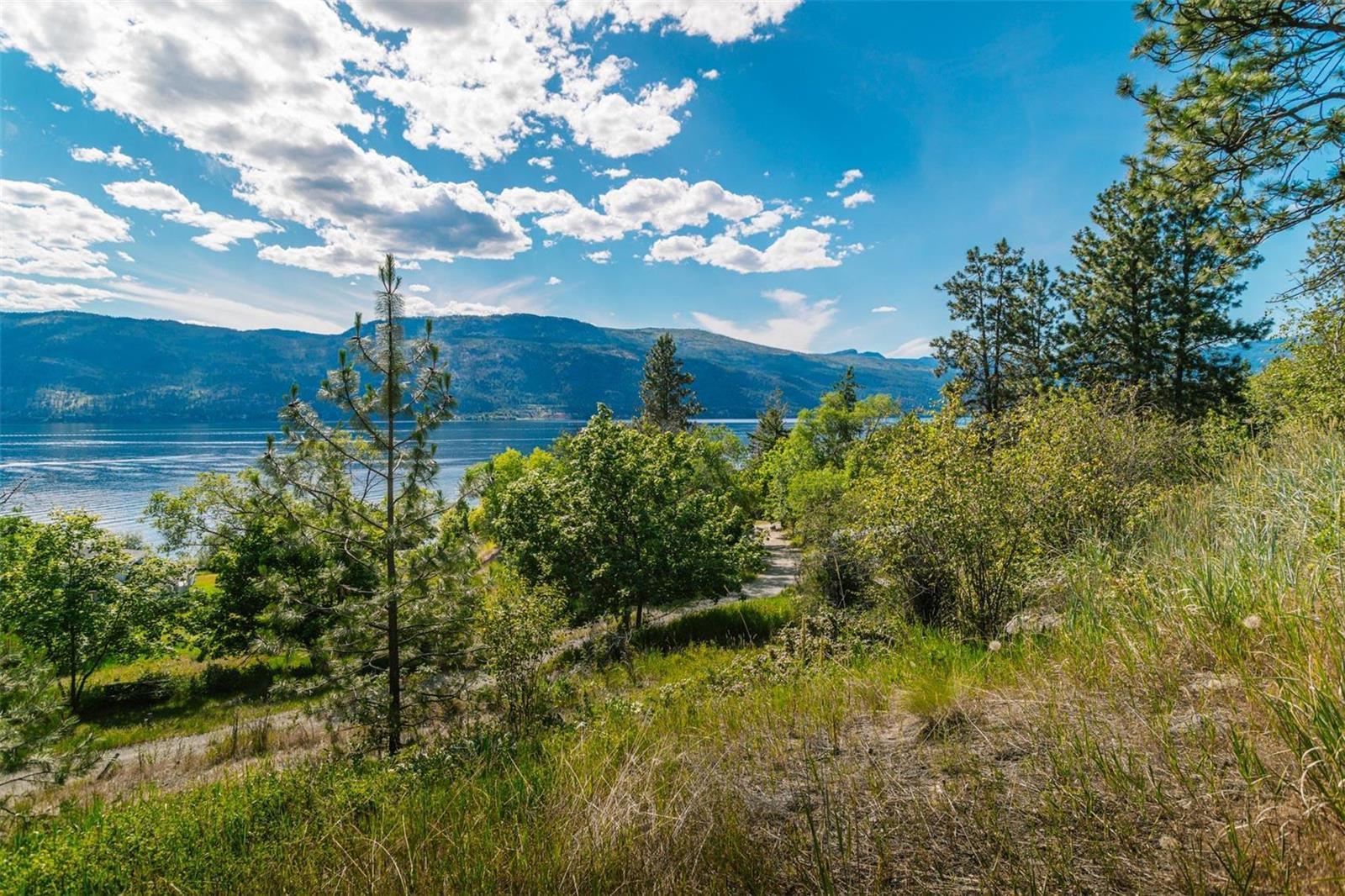 12815 Pixton Road, Sw, Lake Country, British Columbia  V4V 1C9 - Photo 14 - 10238768