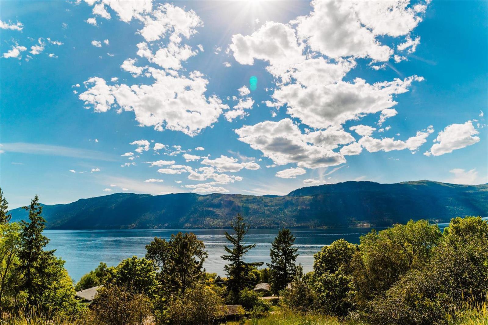 12815 Pixton Road, Sw, Lake Country, British Columbia  V4V 1C9 - Photo 7 - 10238768