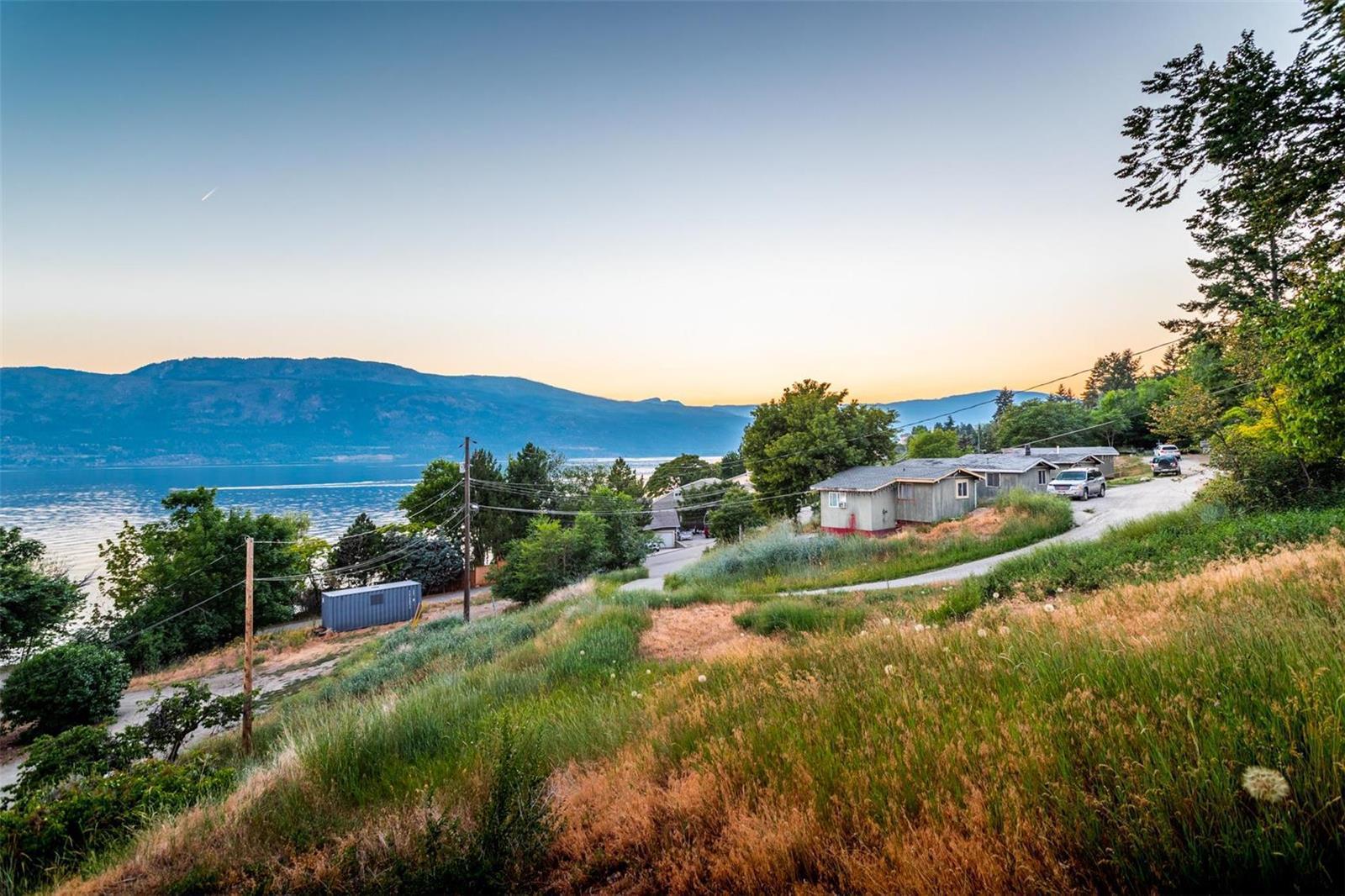 12815 Pixton Road, Sw, Lake Country, British Columbia  V4V 1C9 - Photo 49 - 10238768