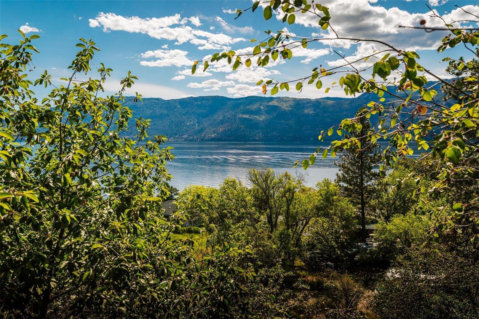 12815 Pixton Road, Sw, Lake Country, British Columbia  V4V 1C9 - Photo 13 - 10238768