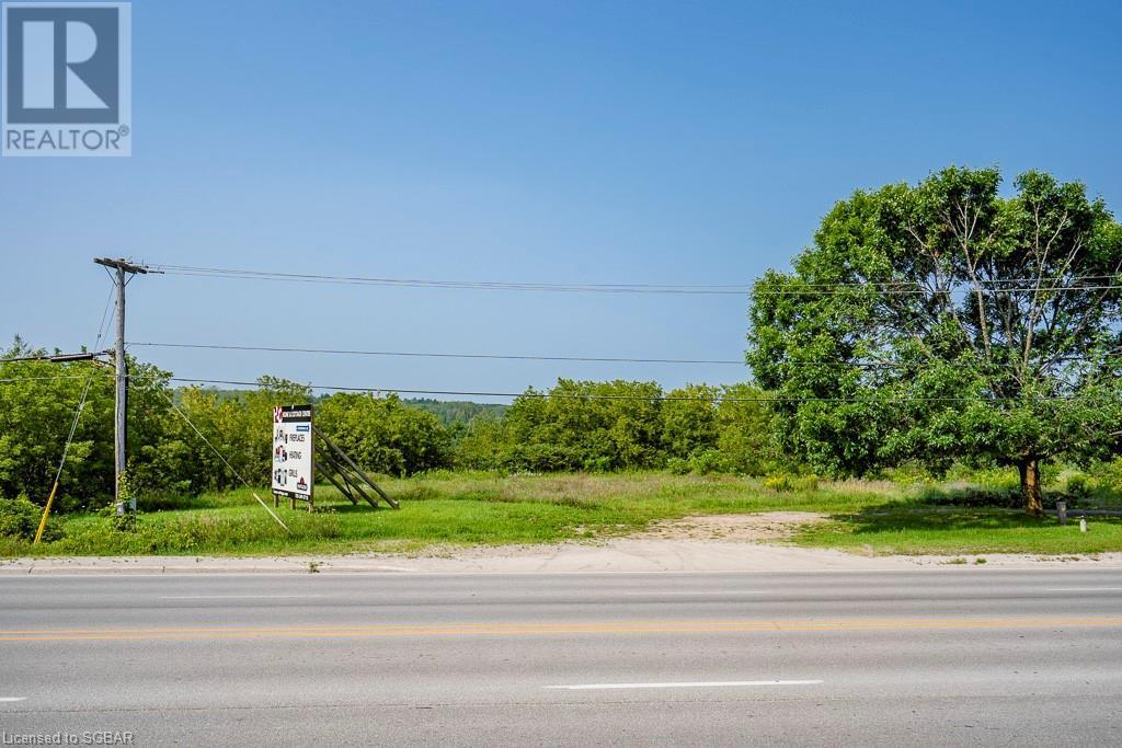 194 Main Street, Penetanguishene, Ontario  L9M 1L9 - Photo 2 - 40152106