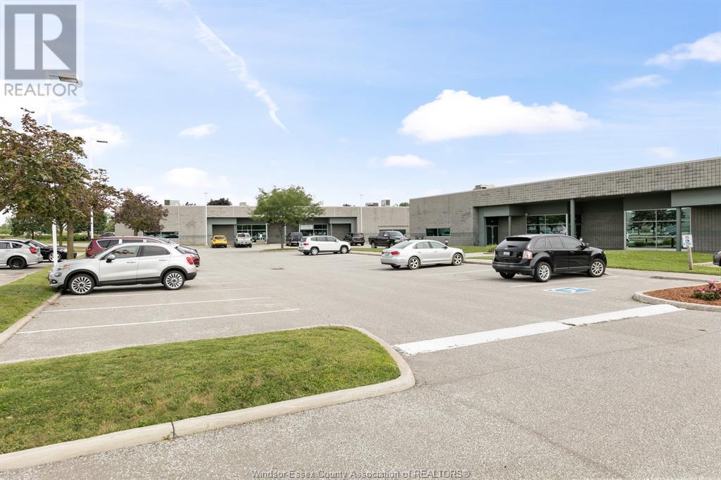 4510 Rhodes Drive Unit# 230, Windsor, Ontario  N8X 5K5 - Photo 8 - 21015112