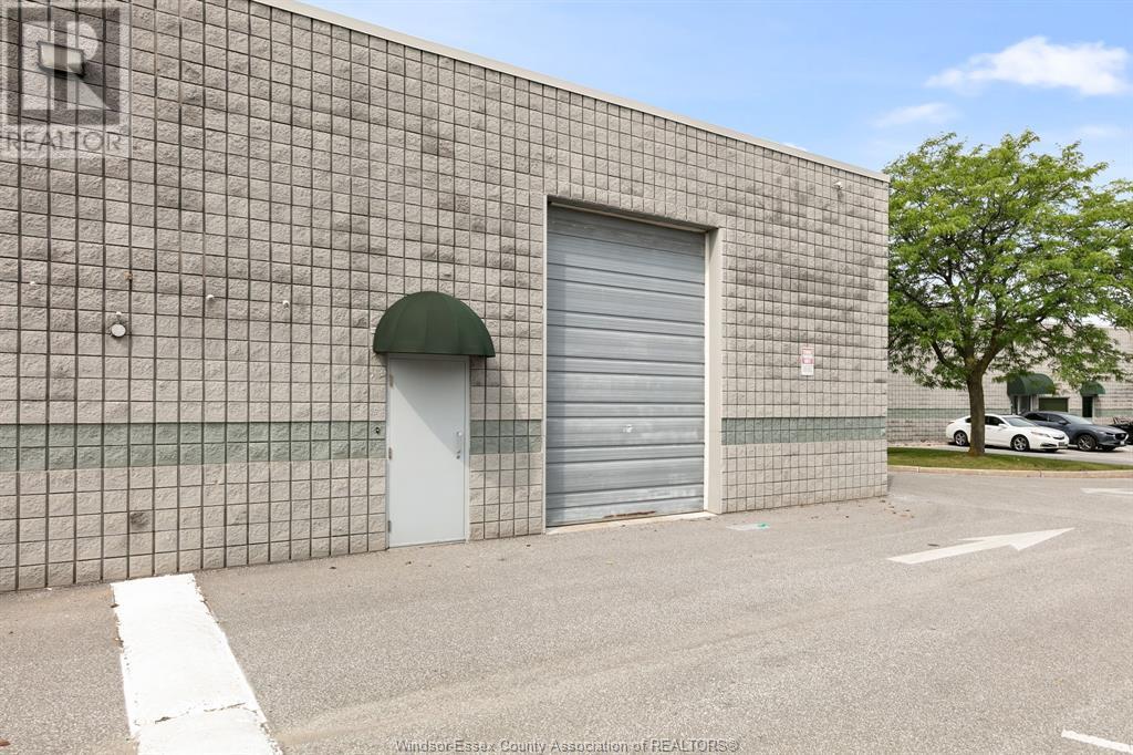 4510 Rhodes Drive Unit# 230, Windsor, Ontario  N8X 5K5 - Photo 5 - 21015112