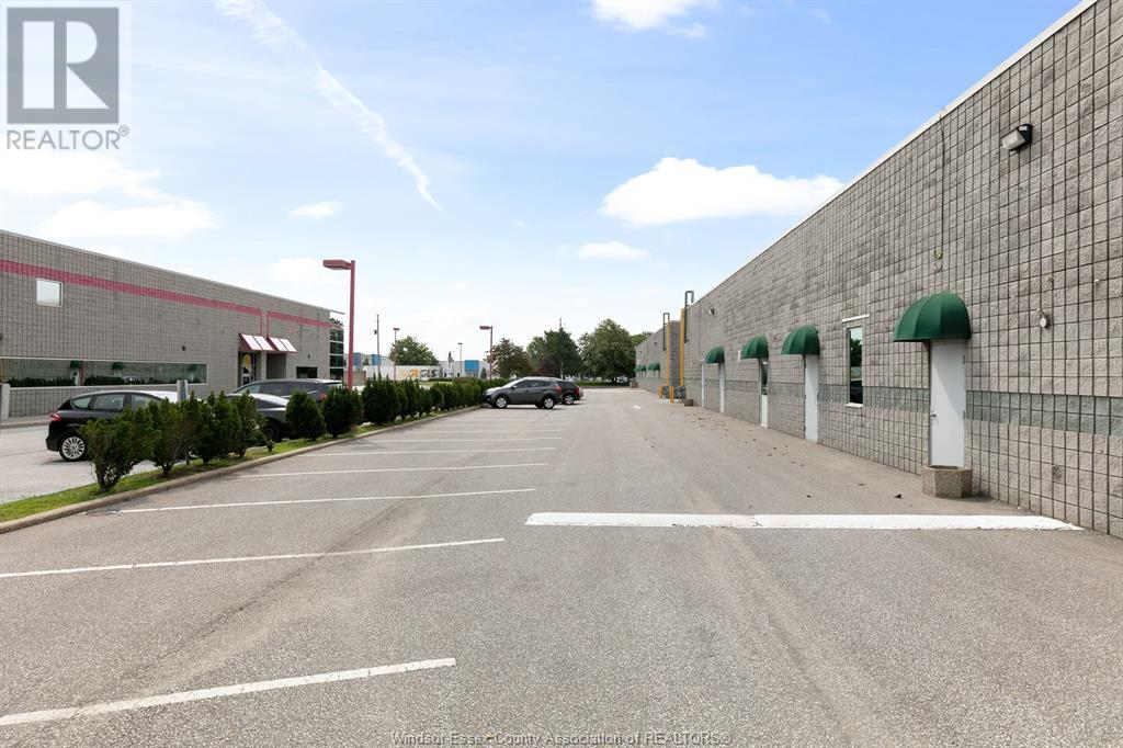 4510 Rhodes Drive Unit# 230, Windsor, Ontario  N8X 5K5 - Photo 6 - 21015112