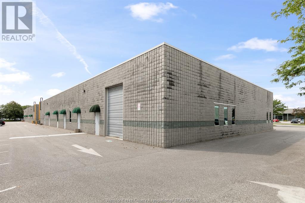 4510 Rhodes Drive Unit# 230, Windsor, Ontario  N8X 5K5 - Photo 4 - 21015112