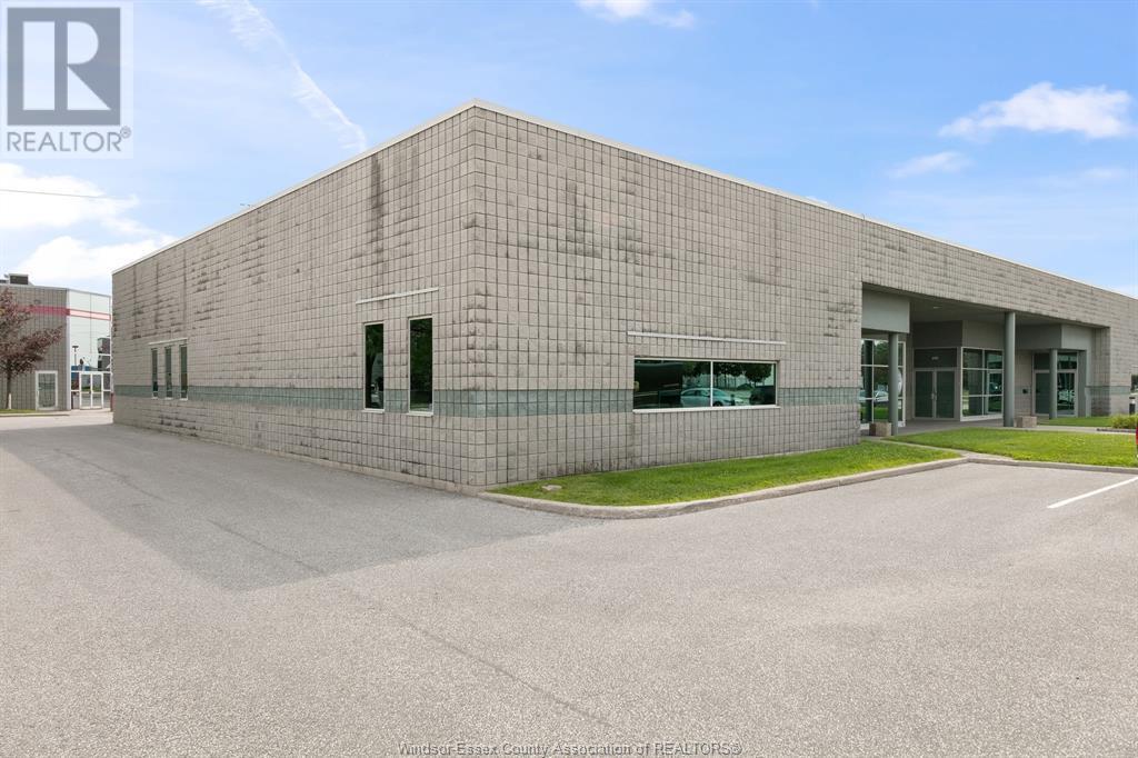 4510 Rhodes Drive Unit# 230, Windsor, Ontario  N8X 5K5 - Photo 2 - 21015112