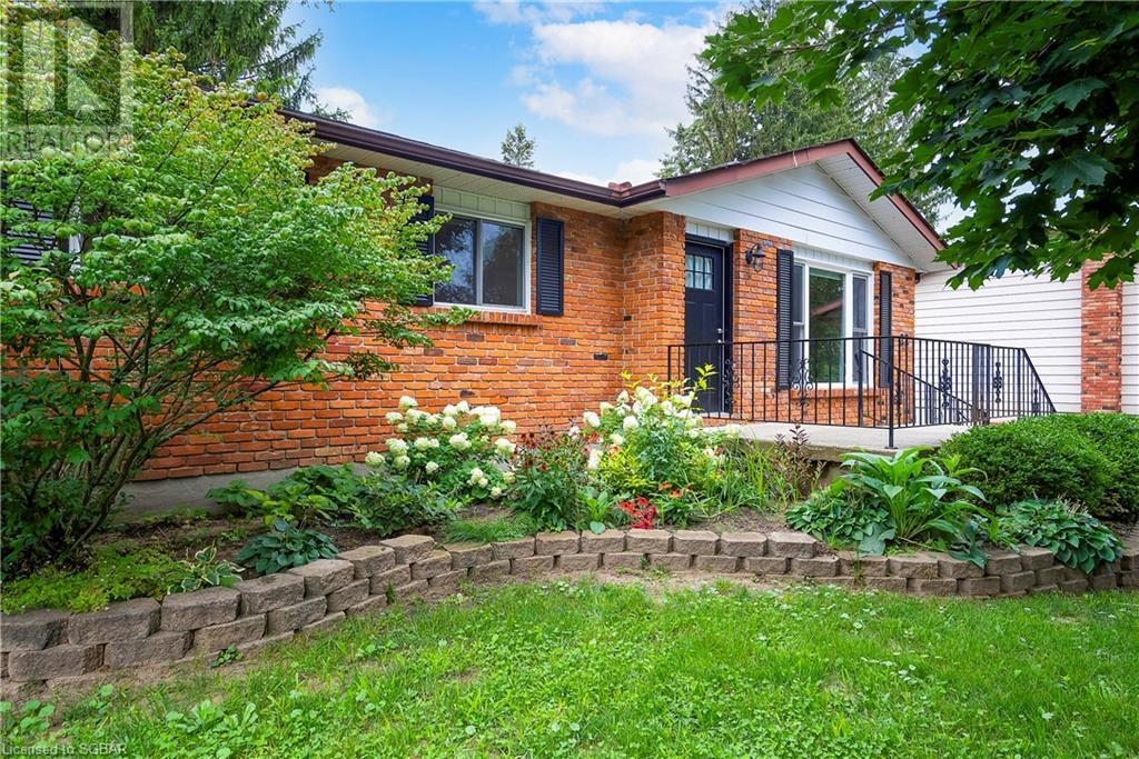 22 Blake Street, Meaford, Ontario  N4L 1E9 - Photo 2 - 40155443