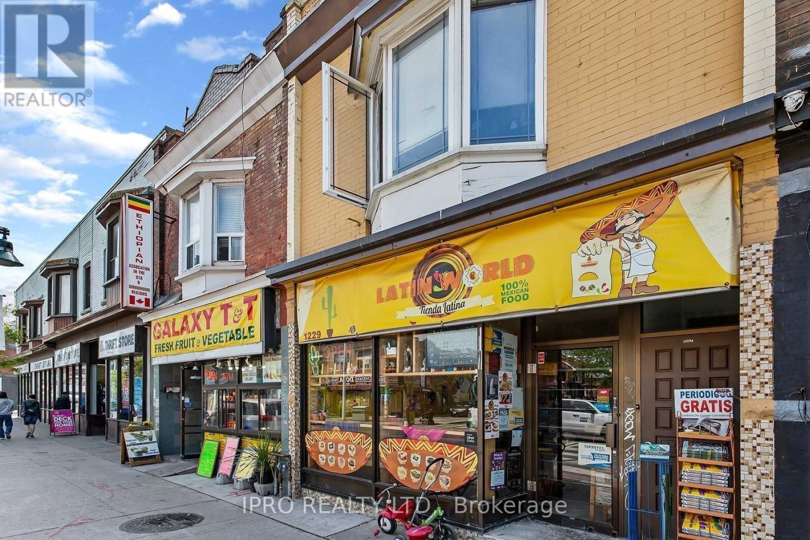 1229 Bloor St W, Toronto, Ontario  M6H 1N6 - Photo 2 - C5322171