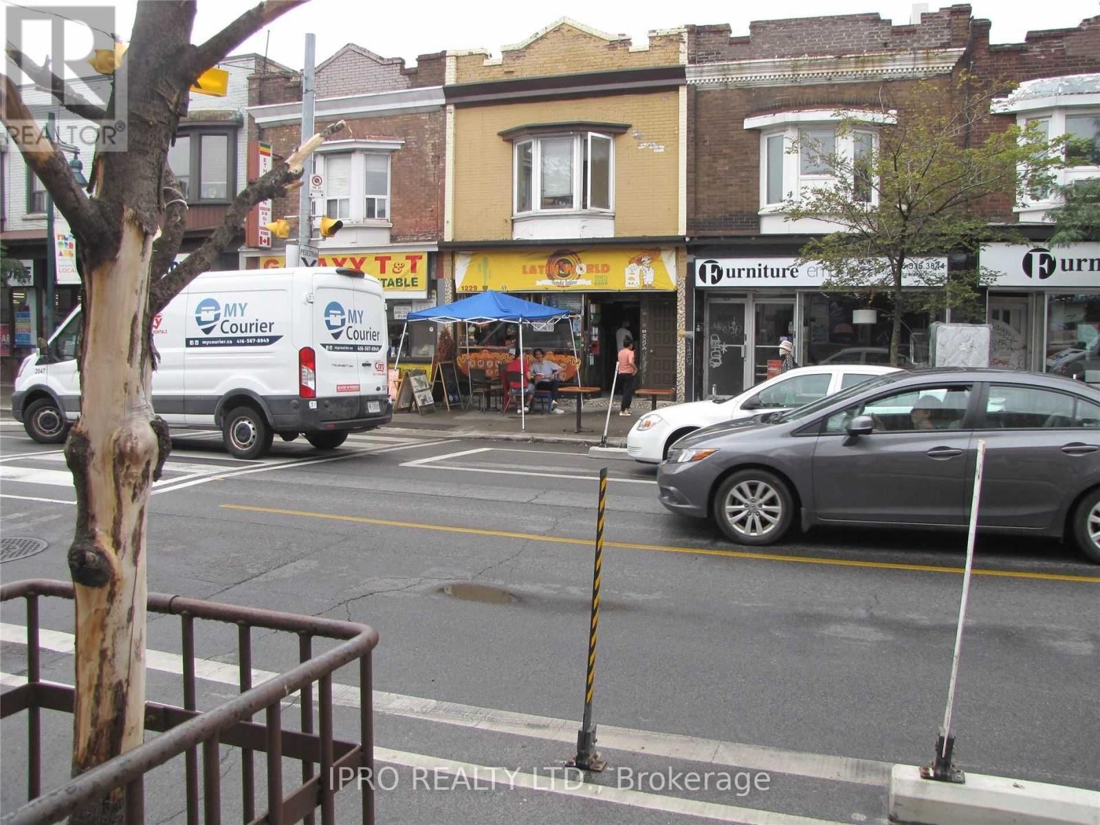 1229 Bloor St W, Toronto, Ontario  M6H 1N6 - Photo 3 - C5322171