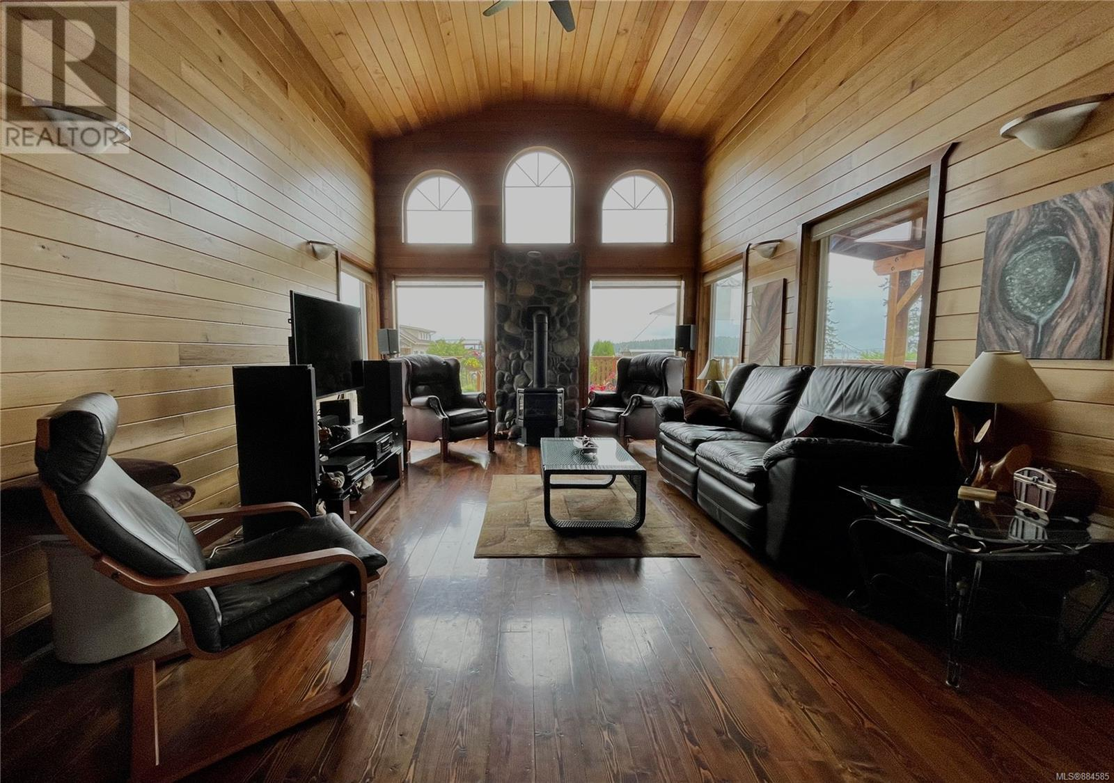 MLS® #884585 - Ucluelet House For sale Image #5