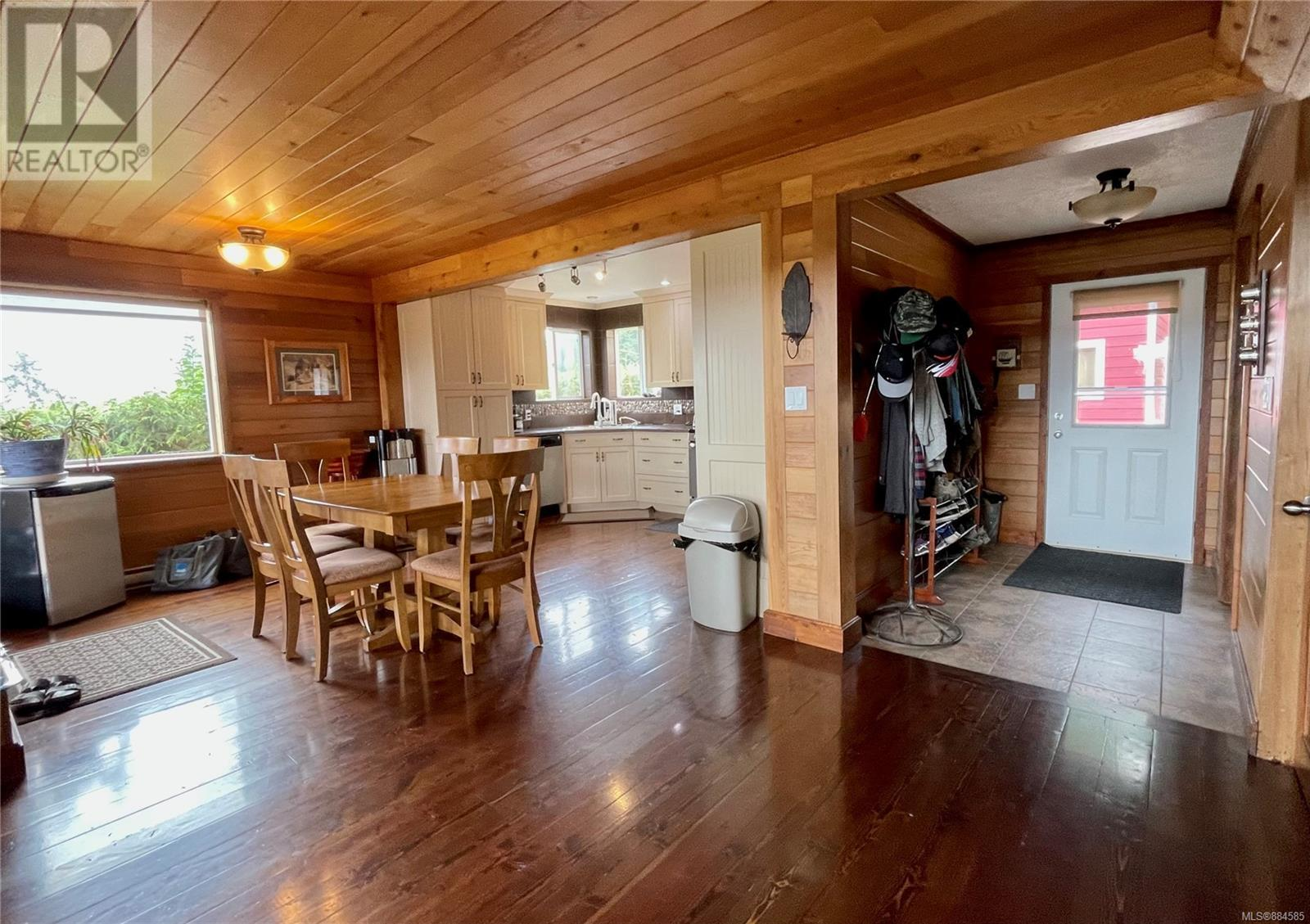 MLS® #884585 - Ucluelet House For sale Image #8