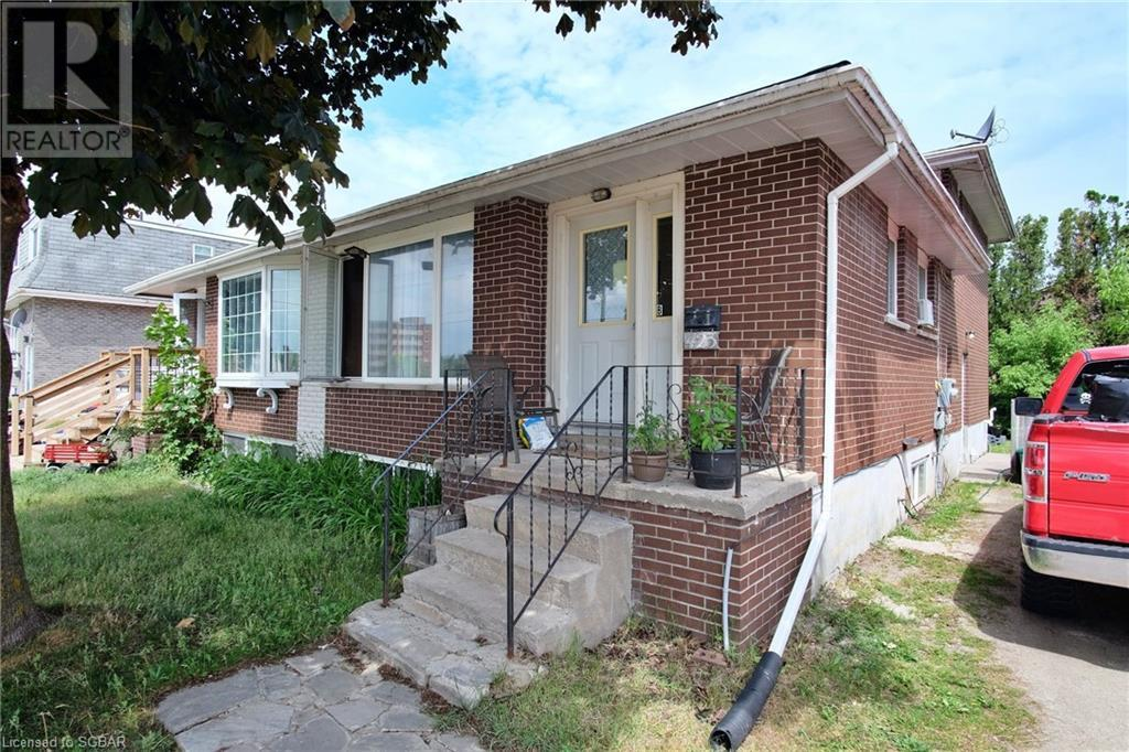 423 Ontario Street, Collingwood, Ontario  L9Y 4B9 - Photo 1 - 40156427