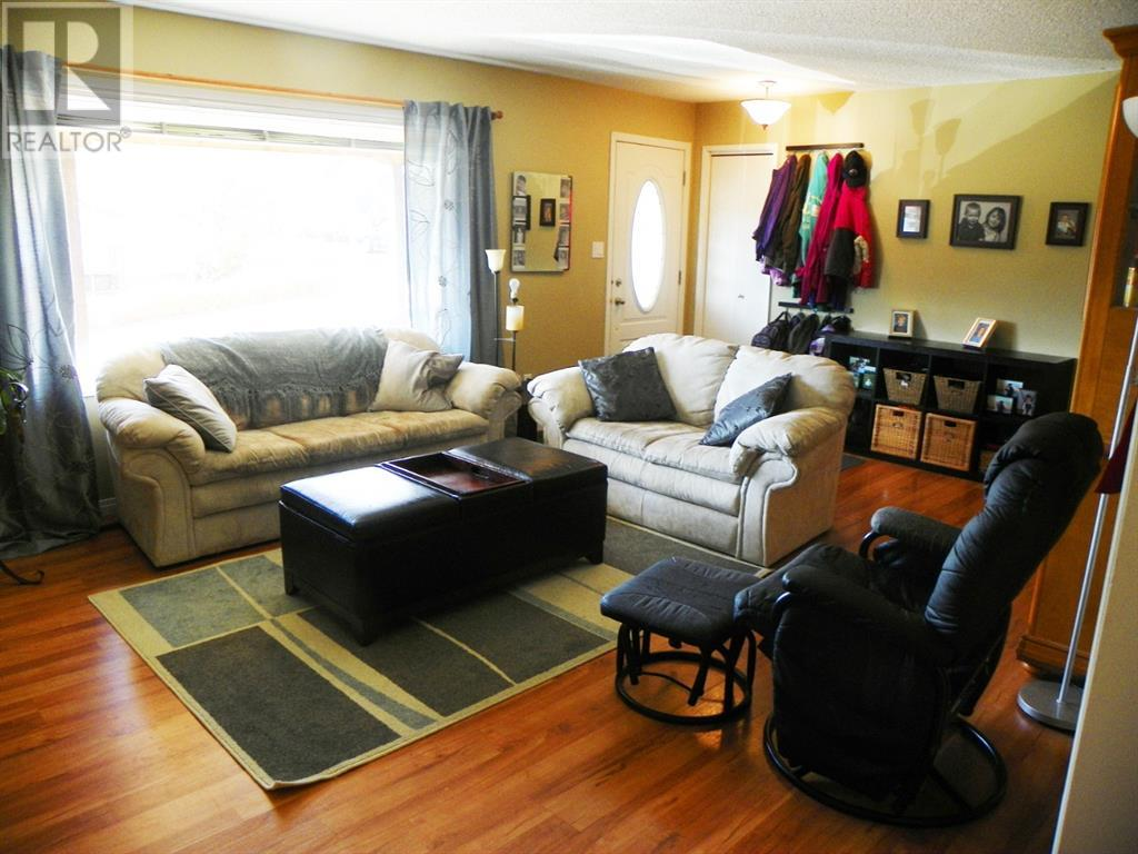 Property Image 4 for 10653 105 Ave