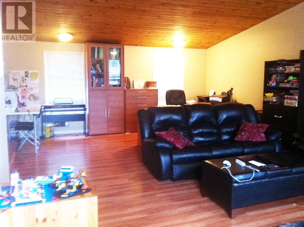 Property Image 6 for 10653 105 Ave