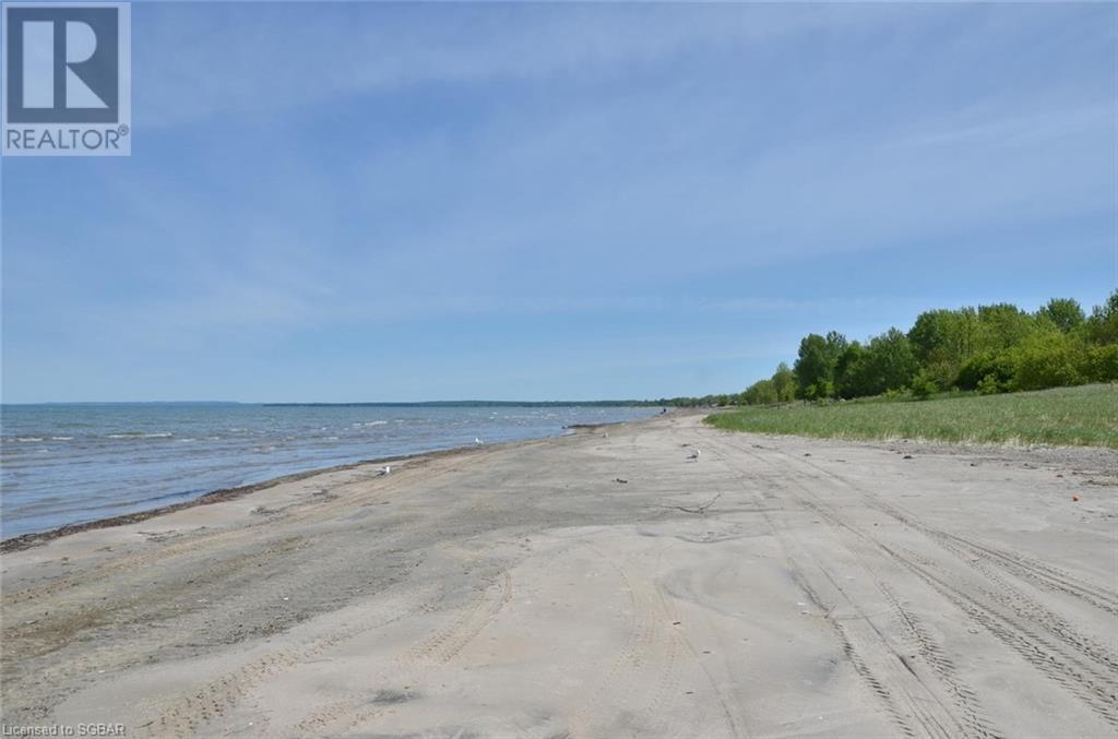11 12th Street N, Wasaga Beach, Ontario  L9Z 2J9 - Photo 9 - 40152701