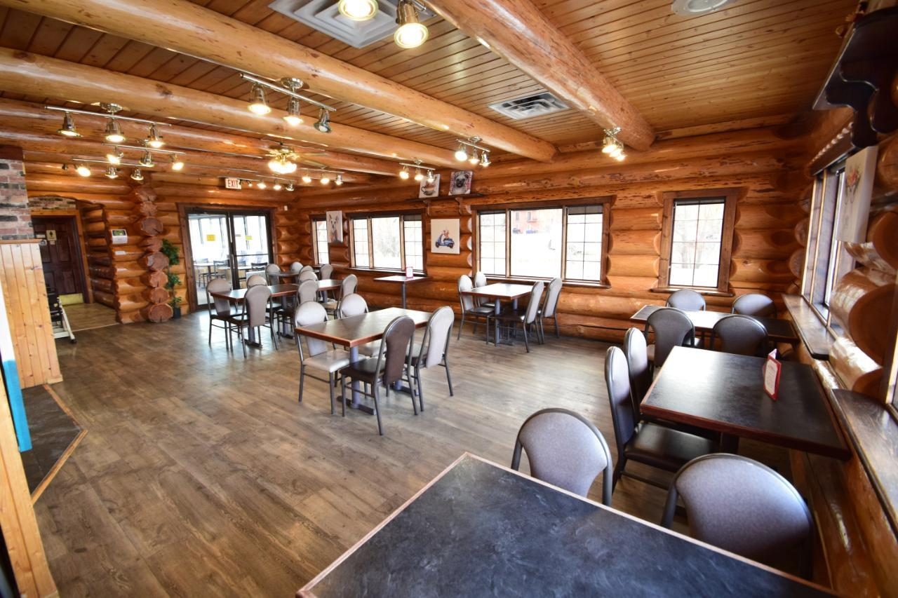 205 Laurier Street, Invermere, British Columbia  V0A 1K0 - Photo 17 - 2457408