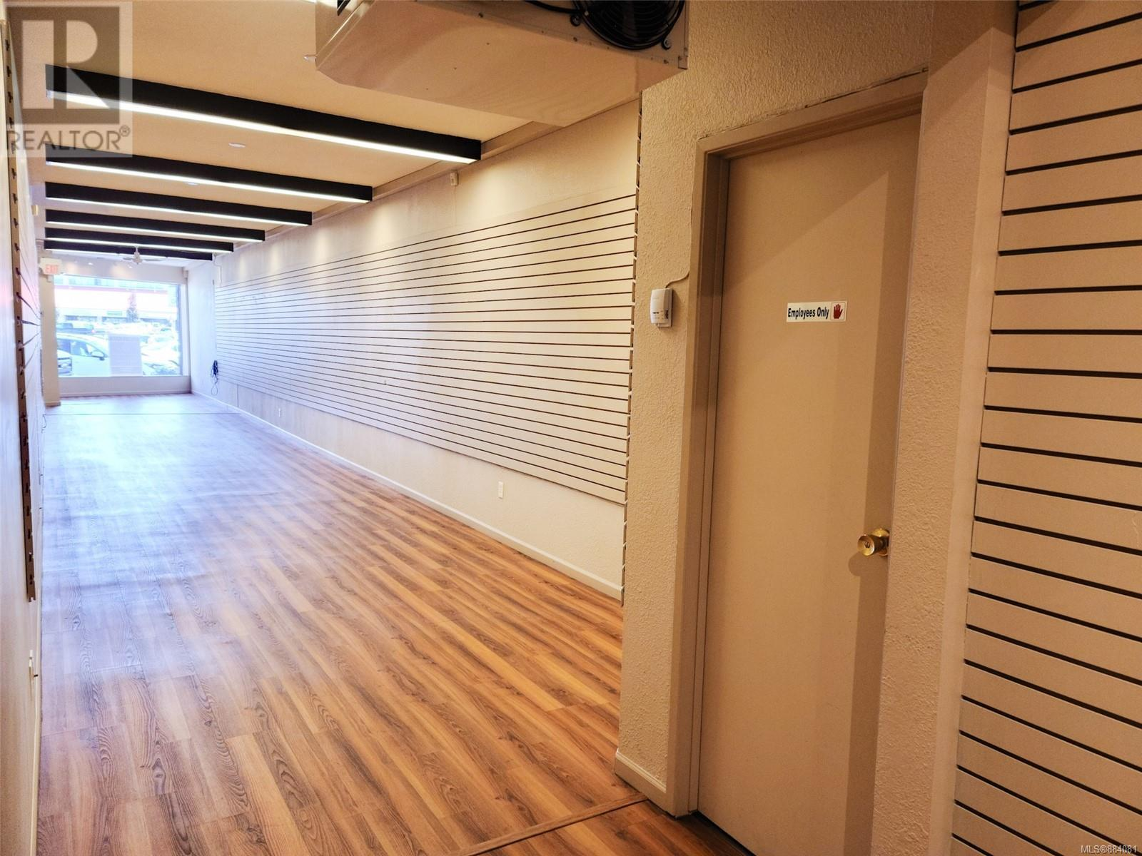 MLS® #884081 - Campbell River Retail For lease Image #6