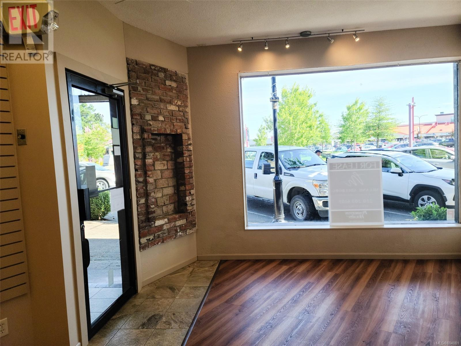 MLS® #884081 - Campbell River Retail For lease Image #4
