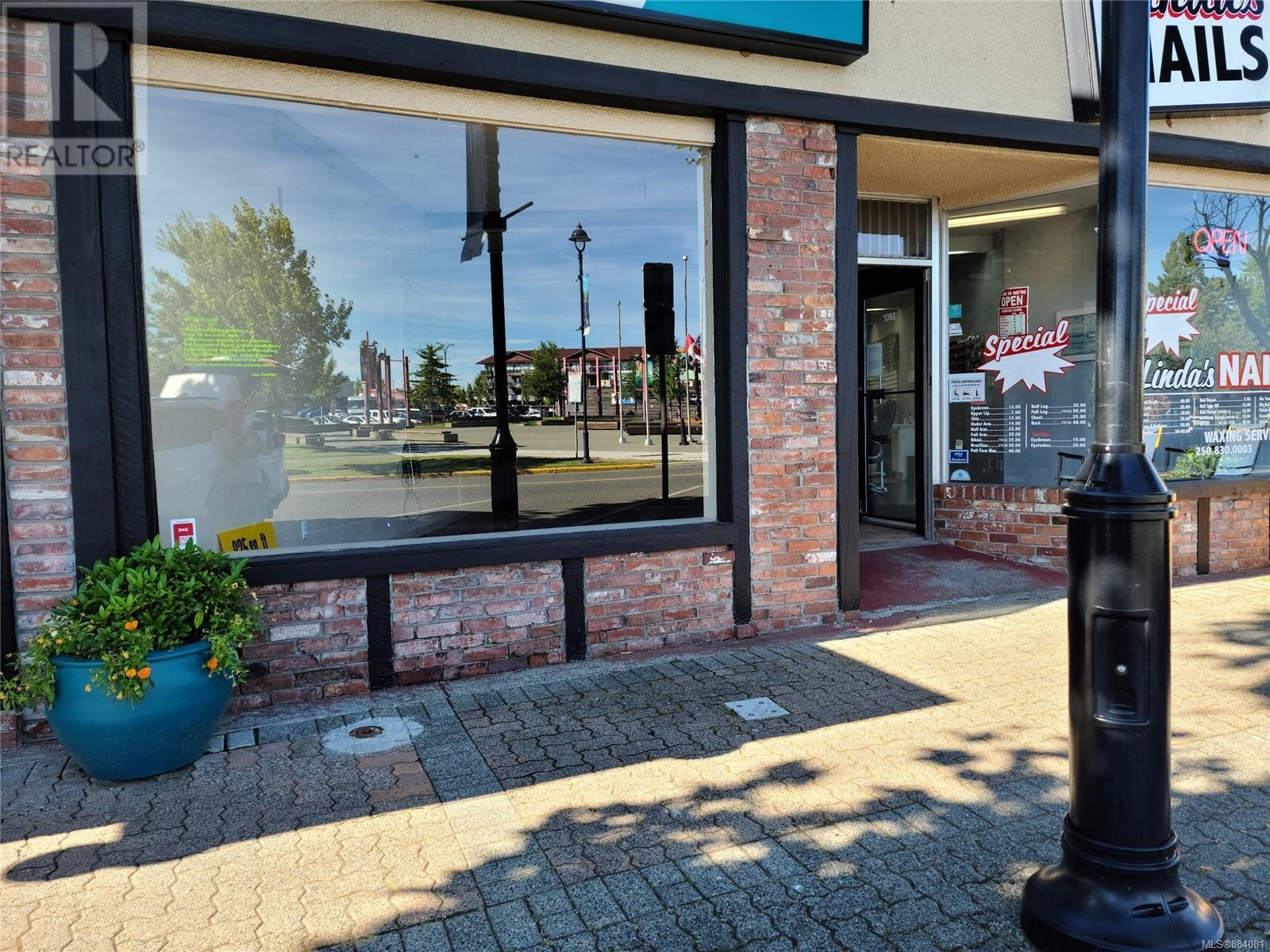 MLS® #884081 - Campbell River Retail For lease Image #1