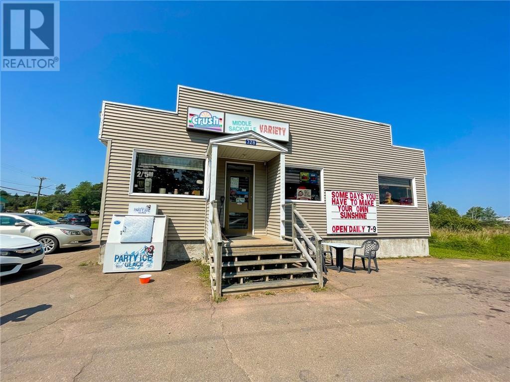 328 Main St, Sackville, New Brunswick  E4L 3H6 - Photo 1 - M136914
