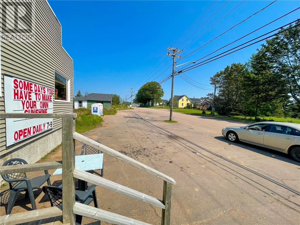 328 Main St, Sackville, New Brunswick  E4L 3H6 - Photo 2 - M136914