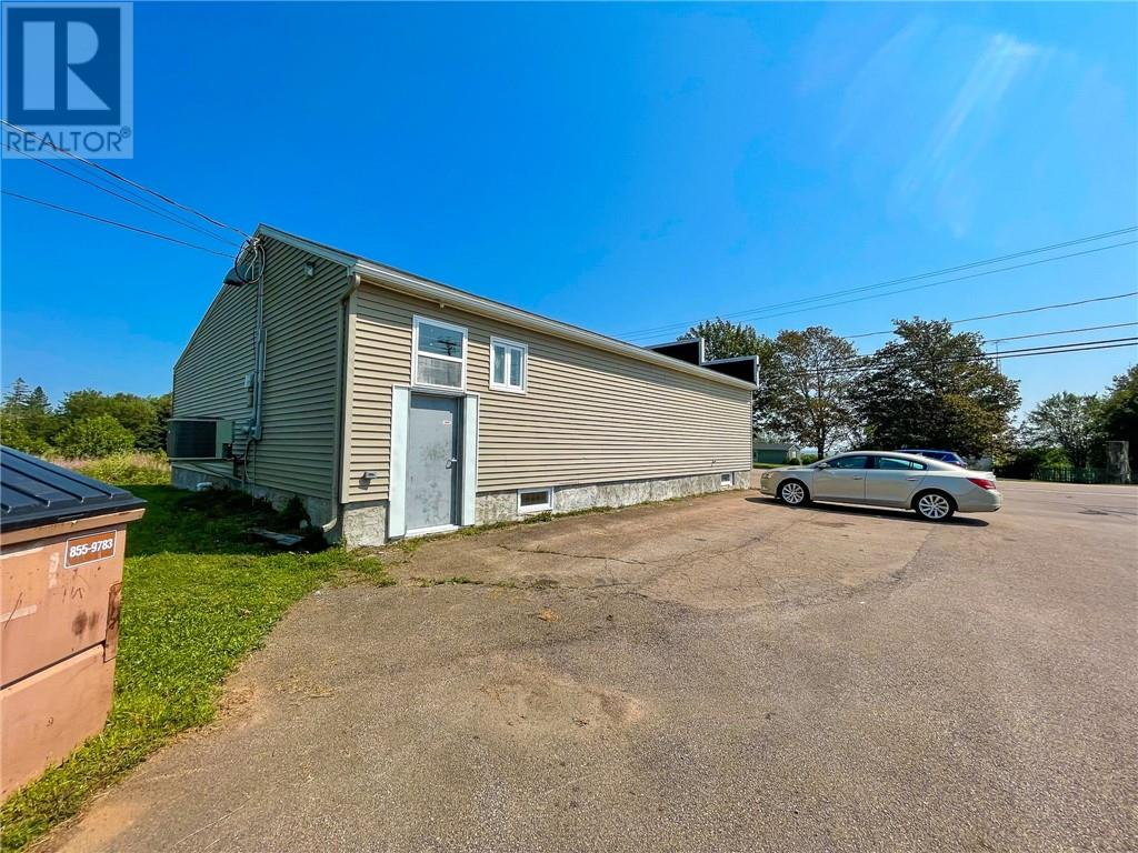 328 Main St, Sackville, New Brunswick  E4L 3H6 - Photo 5 - M136914