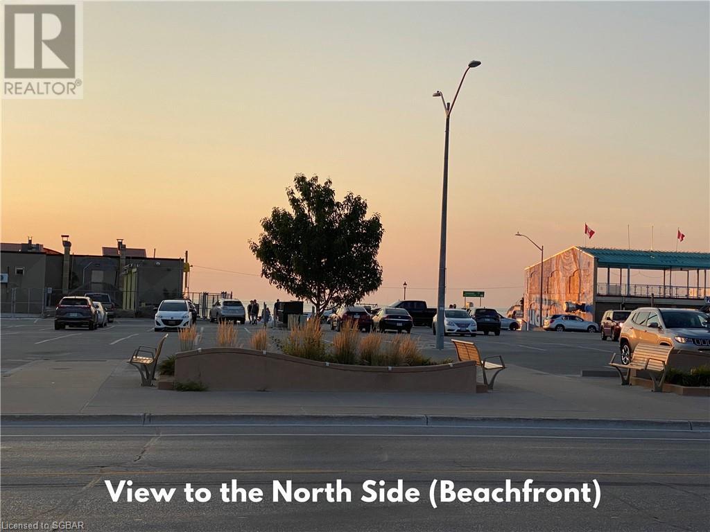 35 Mosley Street, Wasaga Beach, Ontario  L9Z 2J8 - Photo 2 - 40158610