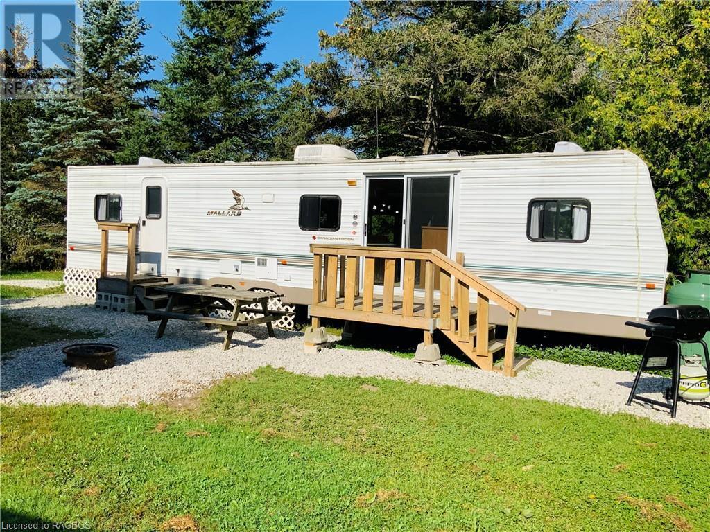 9 Tamarac Road Unit# 10, Stokes Bay, Ontario  N0H 2R0 - Photo 1 - 40140685