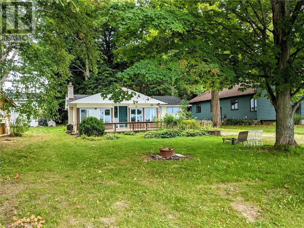 35 Lakeside Avenue, Meaford, Ontario  N4L 1A7 - Photo 1 - 40158694