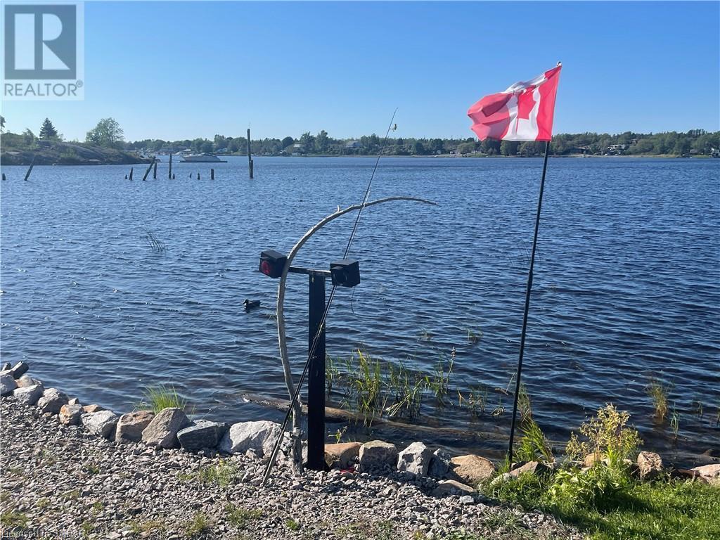 5 Holland Avenue, Byng Inlet, Ontario  P0G 1B0 - Photo 9 - 40160235