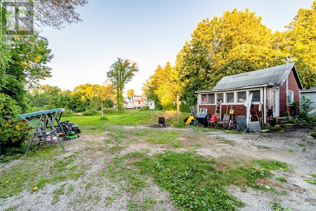19 Pine Street, Waubaushene, Ontario  L0K 2C0 - Photo 34 - 40160886