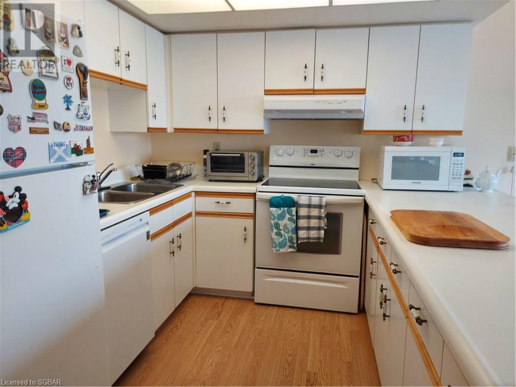 172 Eighth Street Unit# 205, Collingwood, Ontario  L9Y 4T2 - Photo 2 - 40158455
