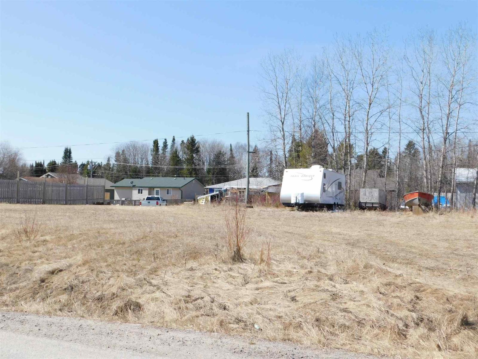 21 Oak St, Ear Falls, Ontario  P0V 1T0 - Photo 3 - TB211109