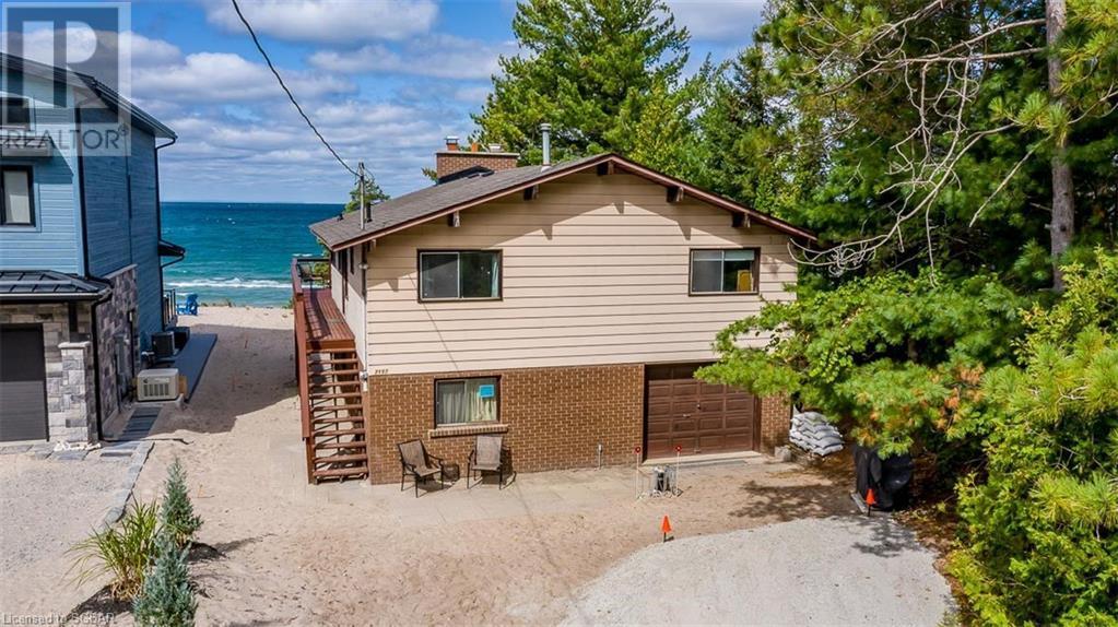 2152 Tiny Beaches Road S, Tiny, Ontario  L0L 1P1 - Photo 1 - 40157090