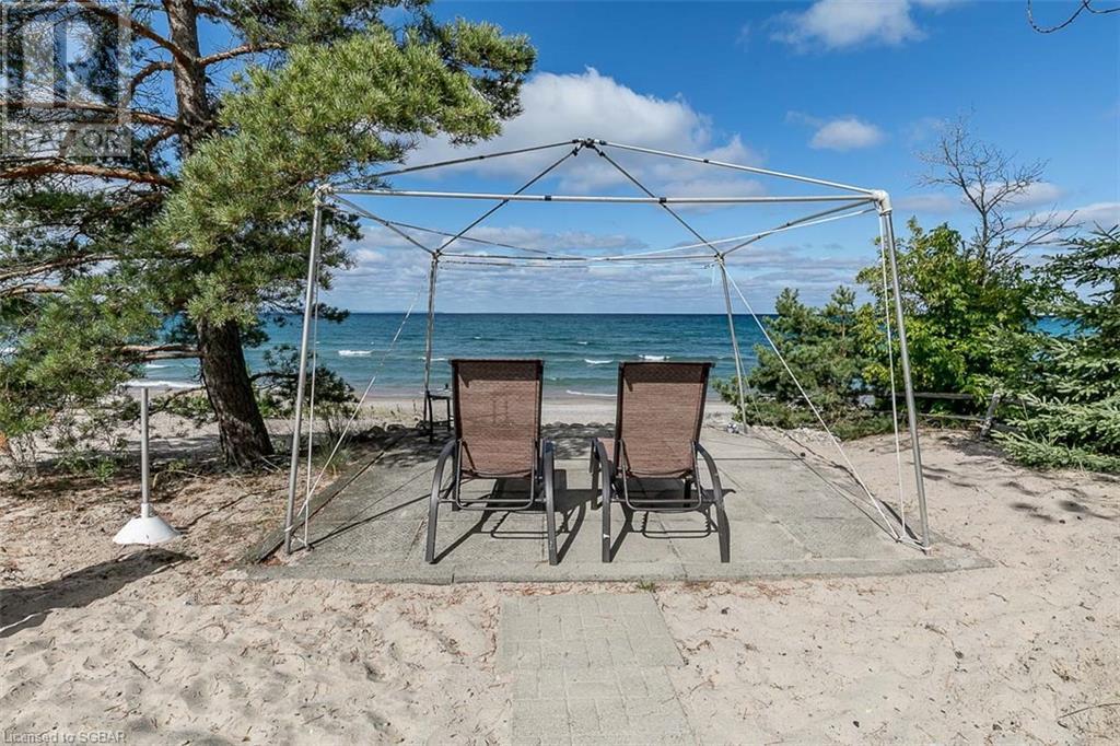 2152 Tiny Beaches Road S, Tiny, Ontario  L0L 1P1 - Photo 39 - 40157090