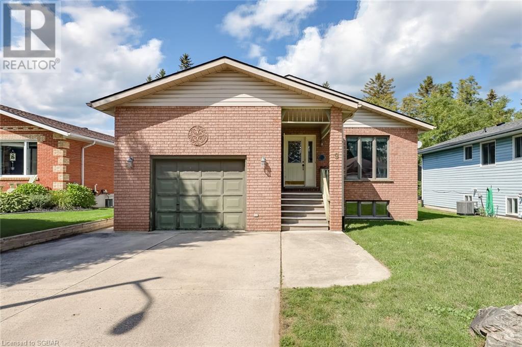 9 Dillon Drive, Collingwood, Ontario  L9Y 4S3 - Photo 1 - 40160113