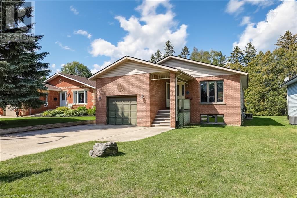 9 Dillon Drive, Collingwood, Ontario  L9Y 4S3 - Photo 2 - 40160113