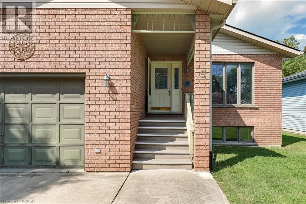 9 Dillon Drive, Collingwood, Ontario  L9Y 4S3 - Photo 3 - 40160113