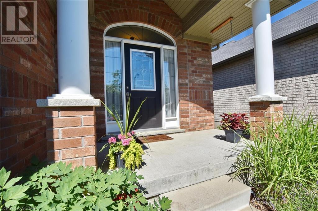 10 Davis Street, Collingwood, Ontario  L9Y 0C9 - Photo 2 - 40133288