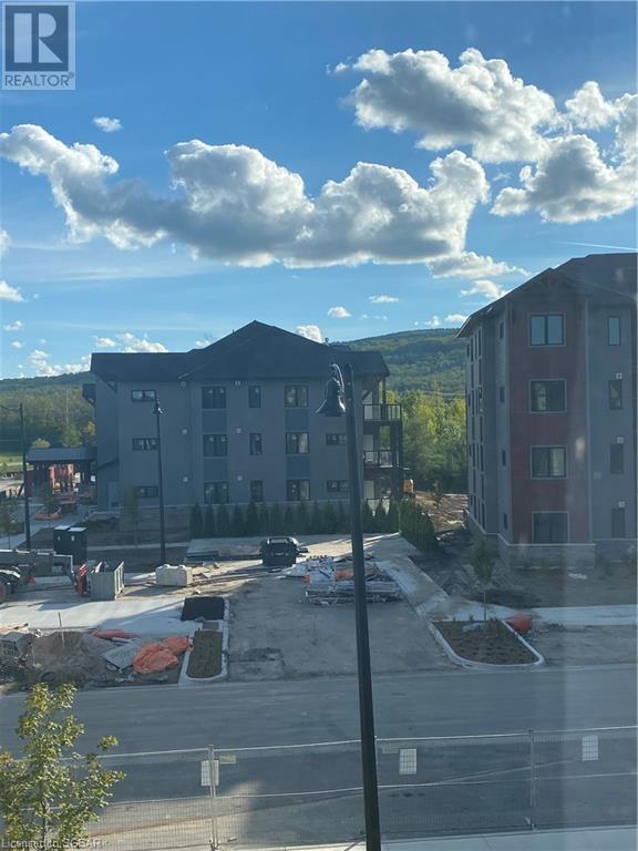 10 Beausoleil Lane Unit# 301, Town Of Blue Mountains, Ontario  L9Y 2X5 - Photo 9 - 40164159