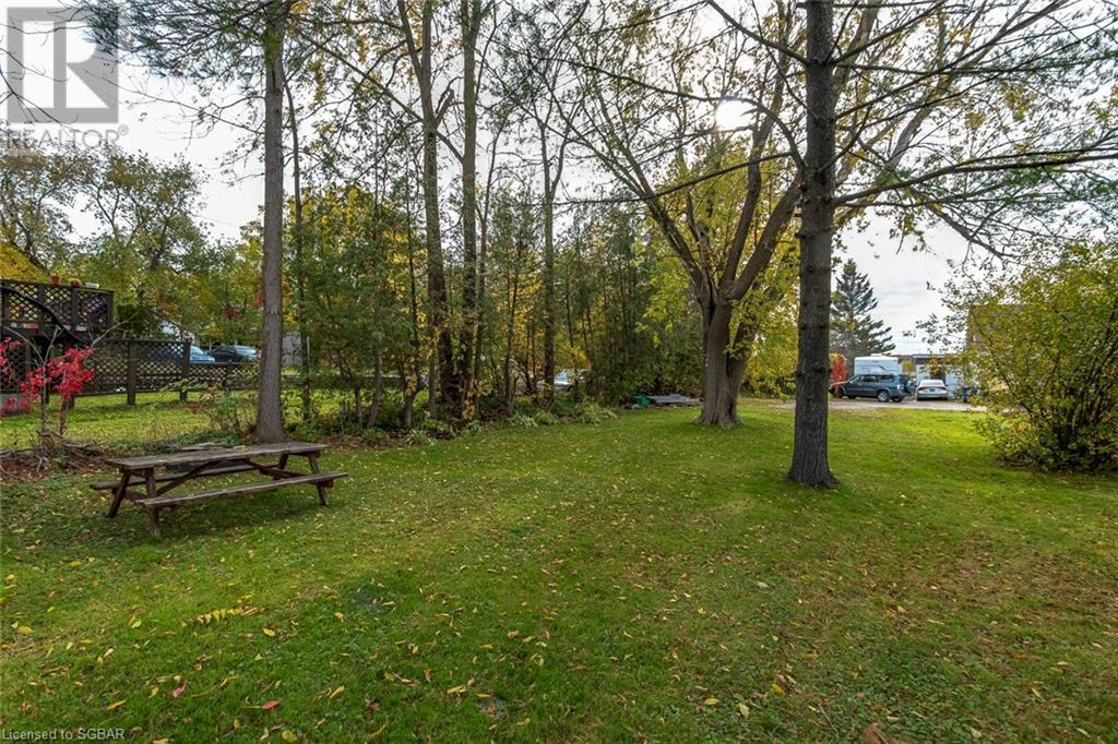 42 Main Street, Penetanguishene, Ontario  L9M 1T2 - Photo 21 - 40164309