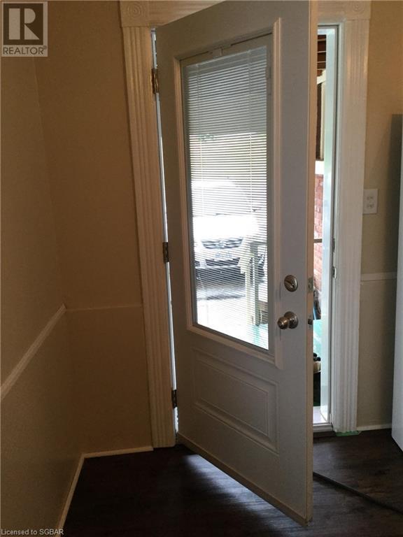 409 Queen Street, Midland, Ontario  L4R 3H9 - Photo 5 - 40157585