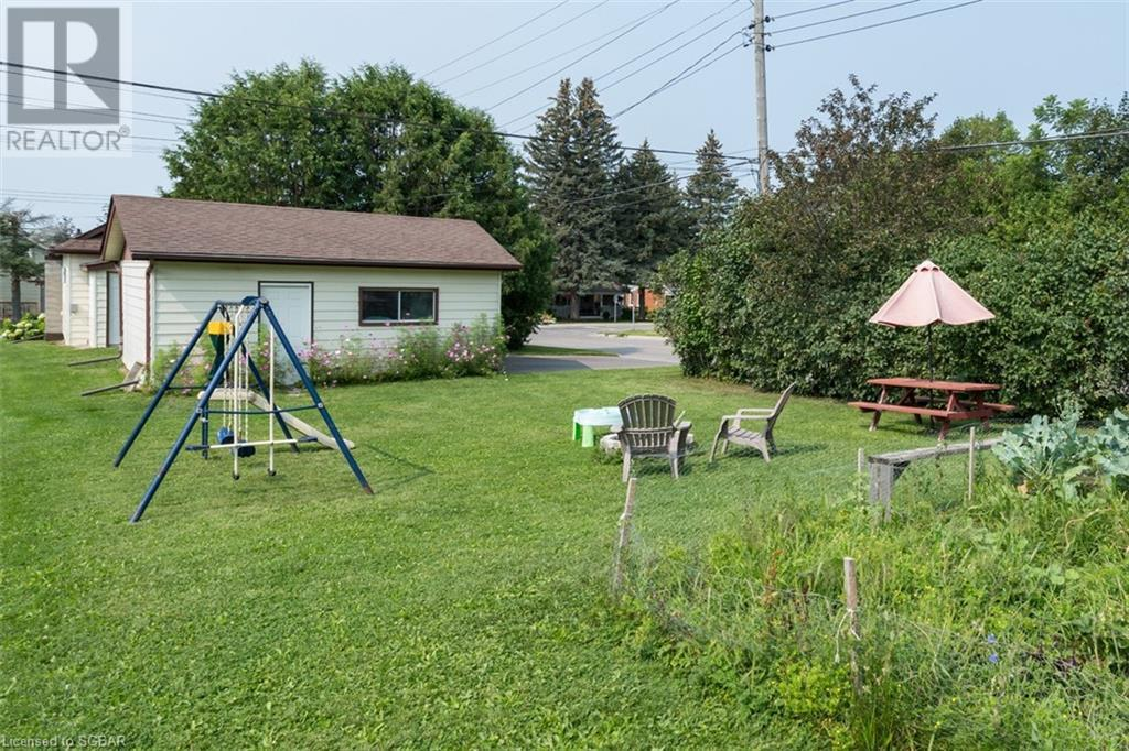 8 Edward Street, Penetanguishene, Ontario  L9M 1L1 - Photo 29 - 40156920