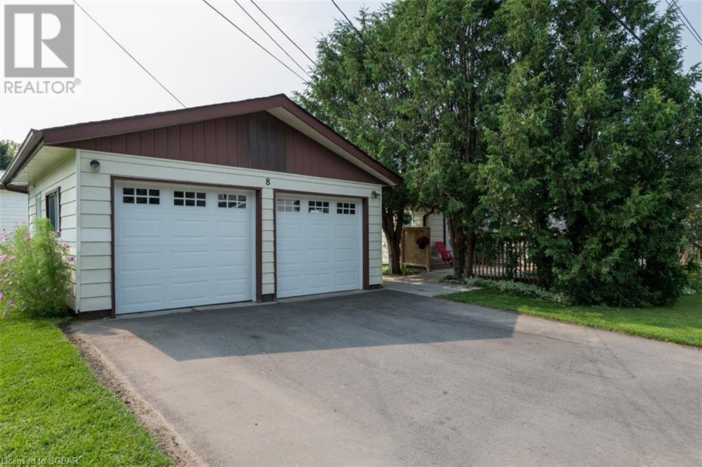 8 Edward Street, Penetanguishene, Ontario  L9M 1L1 - Photo 8 - 40156920